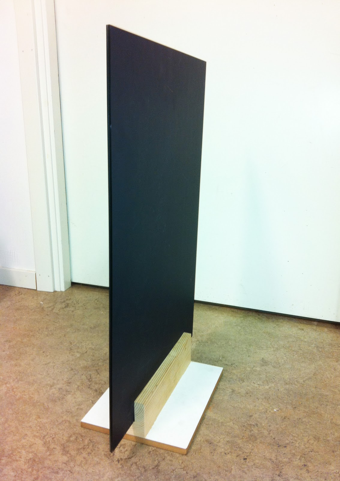 Sculpture. Mirrors, wood. 2011